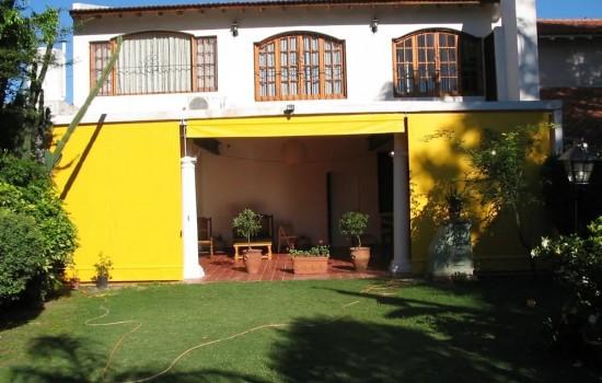 Sarı Branda ile Veranda kapatma çözümü -01